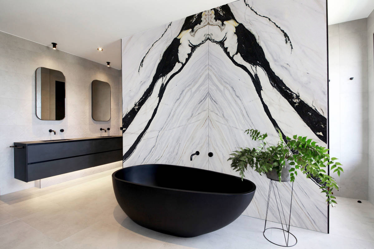 Book match of lightweight marble for large format- Bianco Lasa Bathroom
