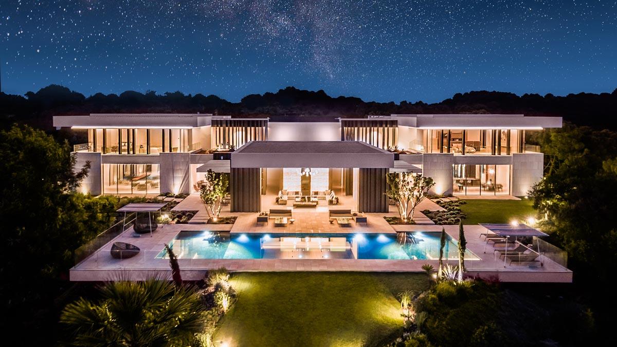 Night exteriors - Villa Cullinan - Exteriores noche
