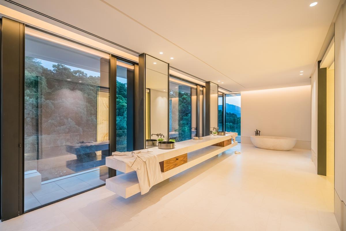 Marble bathroom - Villa Cullinan - Baño de mármol