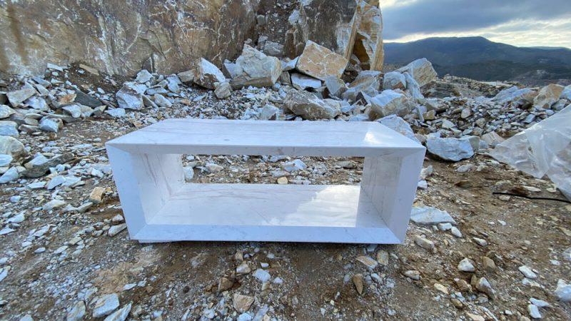 Ultralight tables in natural stone - Mesas de piedra natural ultraligera